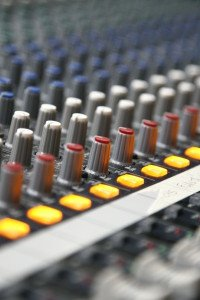 equalization for forensic audio enhancement